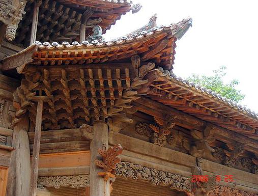 汾城城隍庙山门斗拱
